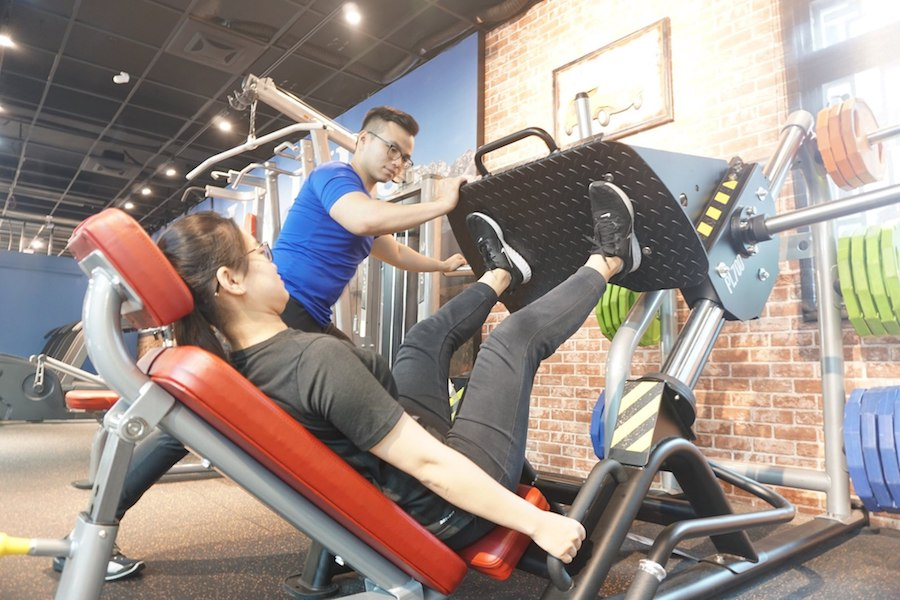 BH腿推健身訓練機
